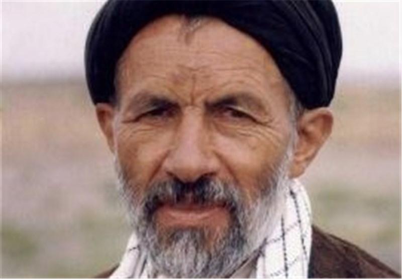 ماجرای بوسه «رئیس اردوگاه های اسرای ایرانی در عراق» بر دست «حاج آقا ابوتر »