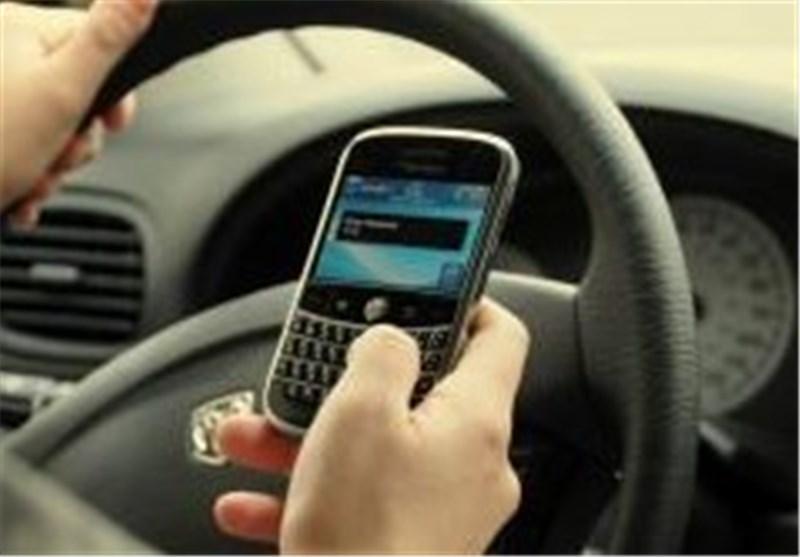 همدان|صحبت با تلفن همراه مهمترین عامل تصادفات رانندگی است