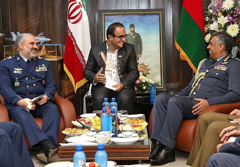 دیدار فرمانده نیروی هوایی عمان با شاه صفی
