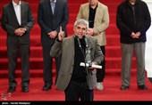 های دفاع مقدسی سیمرغ داران سی وششمین جشنواره فجر/ حاتمی کیا: شکایتم را پیش خدا می برم؛ من ساز نظامم